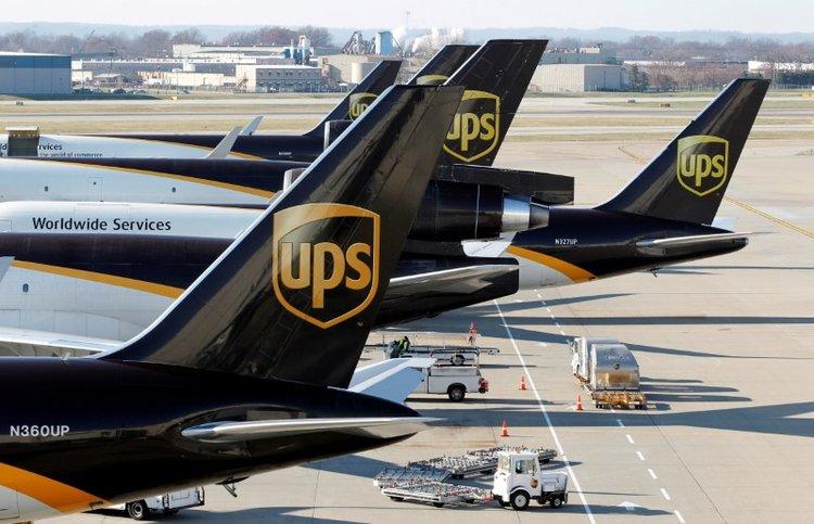 Dịch vụ chuyển phát nhanh UPS hàng hóa, thư tín từ Việt Nam đi Lào