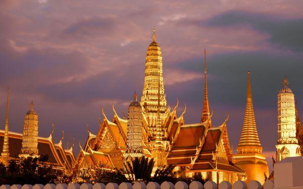 Chuyển phát nhanh hàng điện tử đi Lào